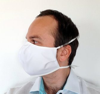 Gesichtsmaske_von_fine_cotton_company_-_person